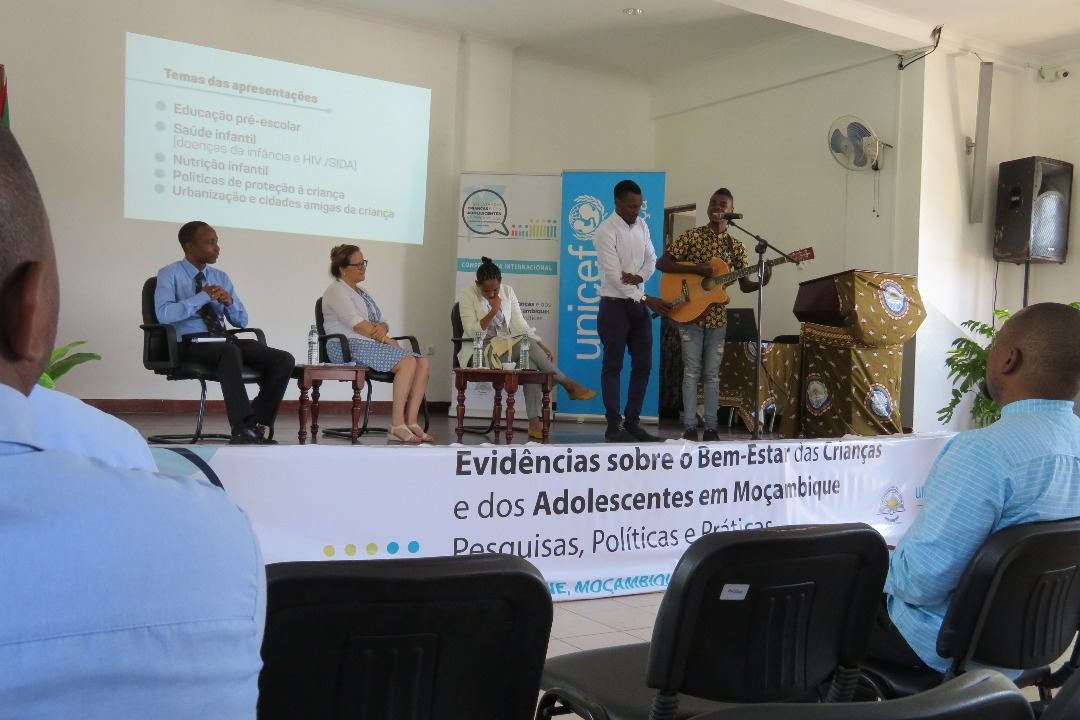 FEC_OTHUKUMANA II_Conferencia_UP-UNICEF_201811 (2)