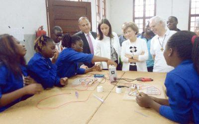 Secretária de Estado dos Negócios Estrangeiros visita projeto da FEC em Moçambique