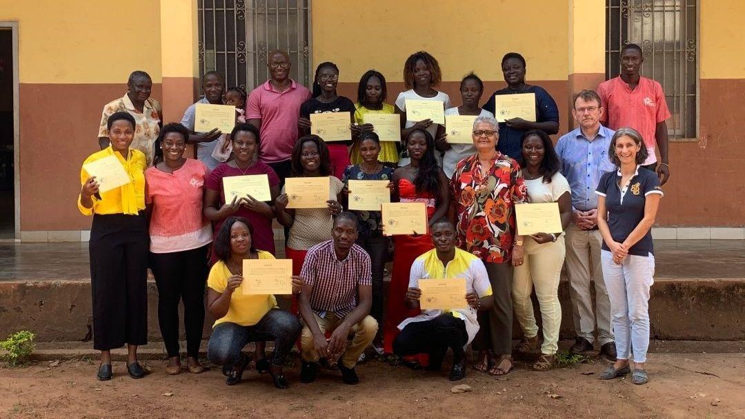 Entrega de Certificados aos Educadores e Professores de Jardim Escola Inclusivo na Guiné-Bissau