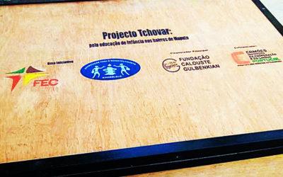 """Moçambique – """"Livrotecas móveis"""" prontas para promover o acesso ao livro junto de crianças em idade pré-escolar"""