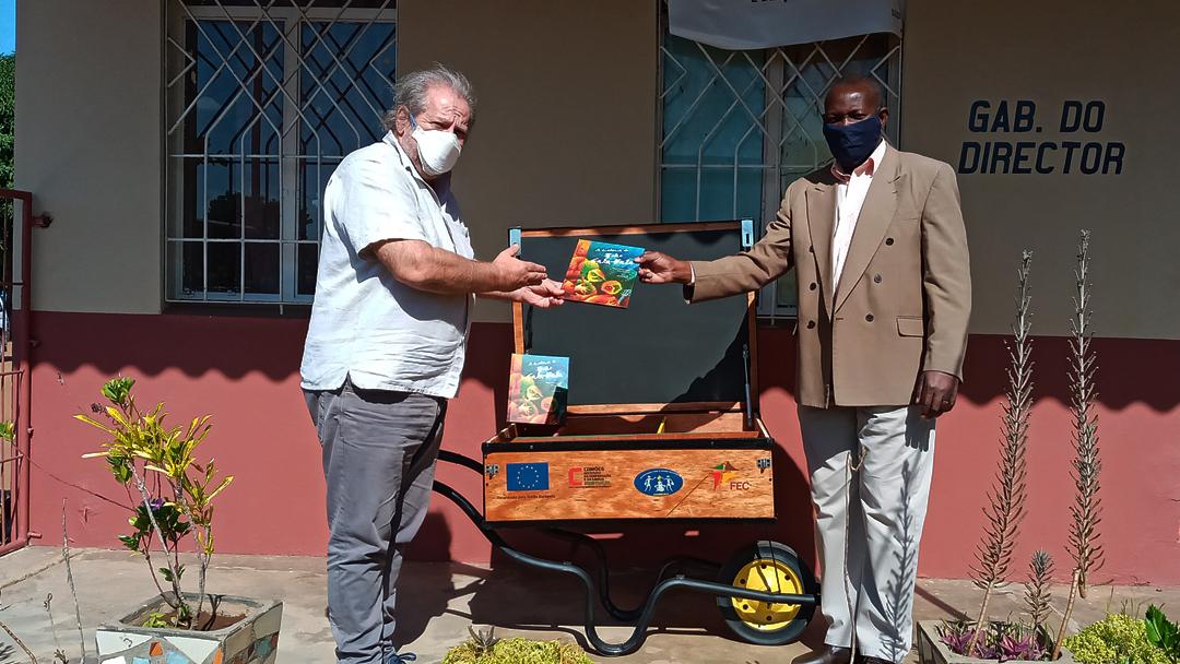 """Moçambique – Escolas recebem formações em """"Animação da Leitura"""""""