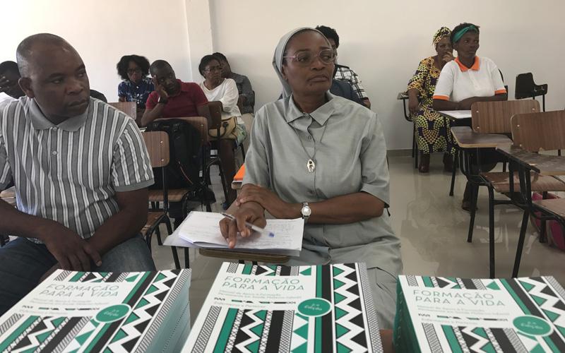 Seminário em Benguela sobre Gestão em Saúde