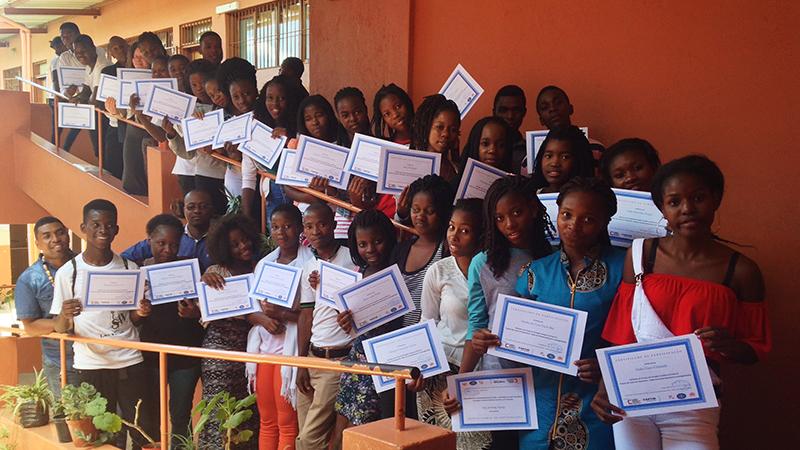 Final da Formação Humana Integral do projeto Ser Jovem em Xipamanine, em Moçambique