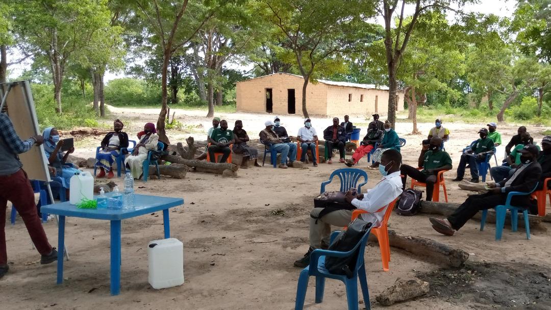 Prevenção da COVID-19: demonstração de sistemas Tip-tap em Angola