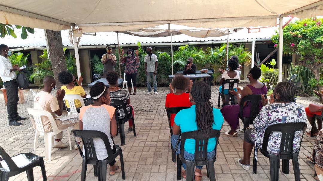 Raízes e Cultur@ | Criação de Rede de Artesãos de Moçambique