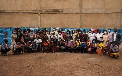 Entrega de certificados a formandos do Ensino Básico na Guiné-Bissau