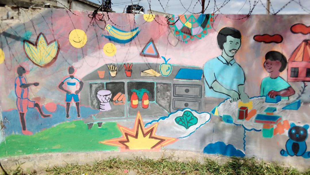 """Pintura de Mural """"Juntos pela Criança"""" em Moçambique"""